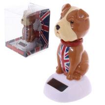 Napelemes angol bulldog