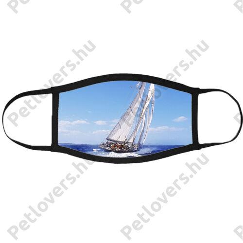 Vitorlás hajó mintás szájmaszk fekete peremmel